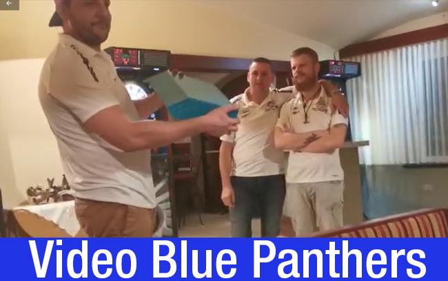 Blue Panthers mit neuen Shirts überrascht